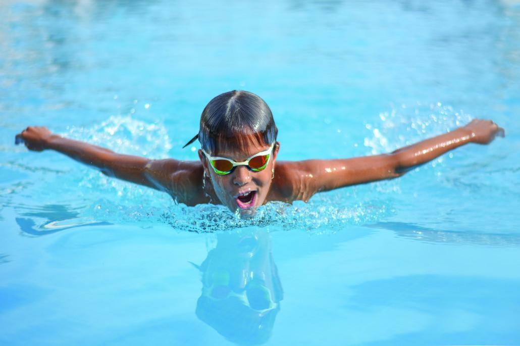 scuola nuoto ragazzi piscina castiglione delle stiviere